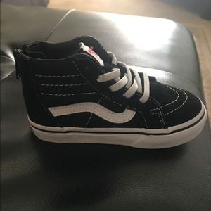 New. Toddler size 8 vans